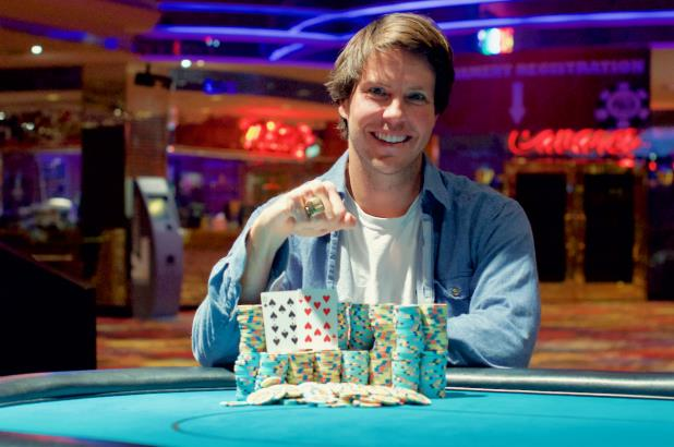 MAX YOUNG WINS HARVEYS LAKE TAHOE MAIN EVENT
