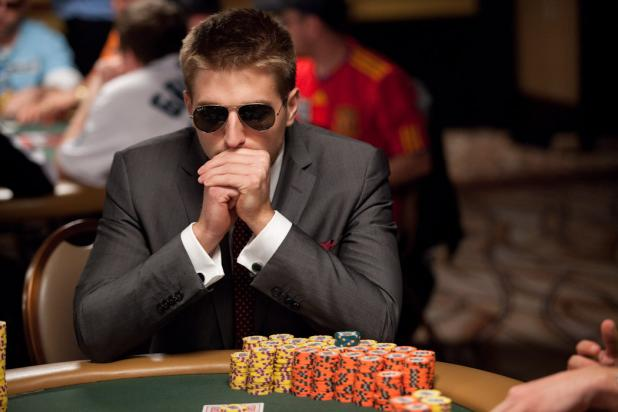 ALIVE ON DAY 5: 574 PLAYERS STILL HAVE A SHOT AT 2010 WSOP MAIN EVENT CHAMPIONSHIP