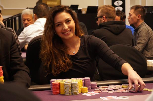 KELLY MINKIN LEADS DAY 2 OF BIKE MAIN EVENT