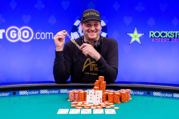 PHIL HELLMUTH WINS $5,000 NO-LIMIT HOLD