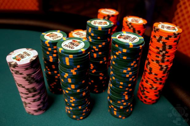 WSOP MAIN EVENT CHAMPIONSHIP: DAY SIX - DINNER BREAK UPDATE