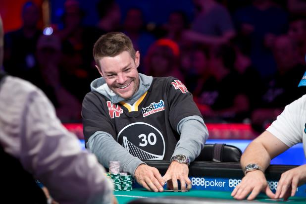 Article image for: MAIN EVENT DAY 9: TONY MILES SURGES TO BIG LEAD AS FINAL THREE ARE DETERMINED