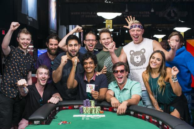 UPESHKA DE SILVA WINS $1,500 NO-LIMIT HOLD