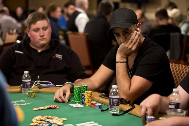WILLIAM KAKON LEADS MAIN EVENT AFTER DAY 1A