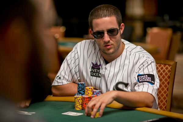 WSOP MAIN EVENT DAY 2A REPORT