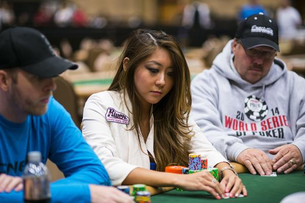 10 THINGS TO KNOW AS THE MAIN EVENT DAY 4 FIELD GOES ON DINNER BREAK
