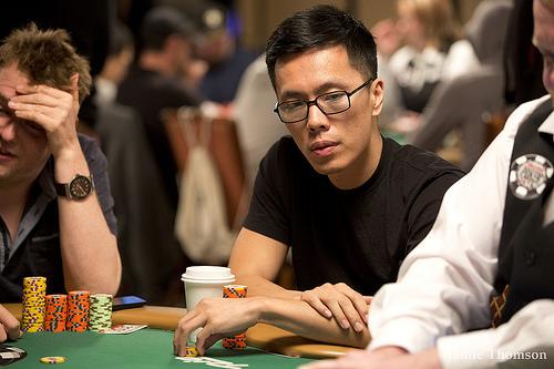 Instrumen Permainan Poker Online yang Berguna Untuk Keuntungan Dikau