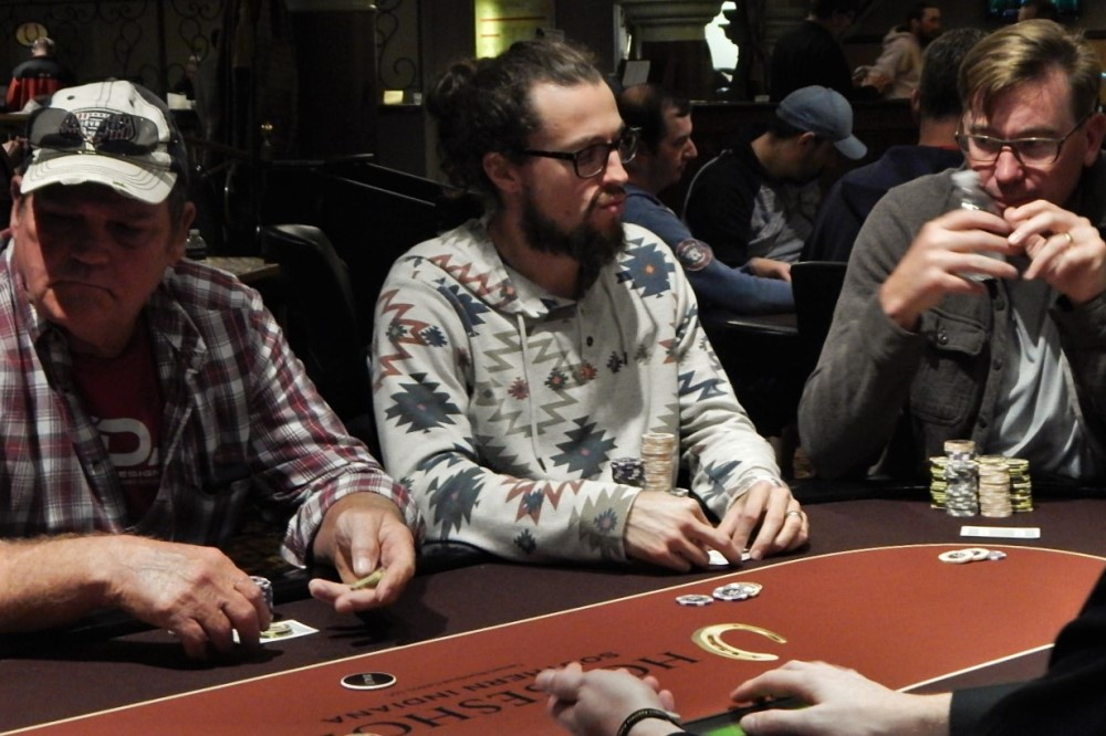 Gary simms poker royal classic clay poker chips