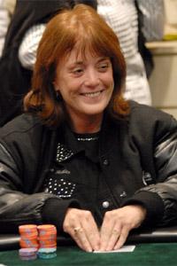 Della Jones profile image