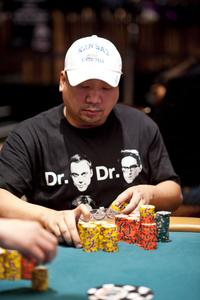 Dung Gomer Nguyen profile image