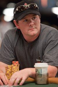 poker betting online