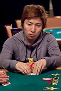Takashi Ogura profile image