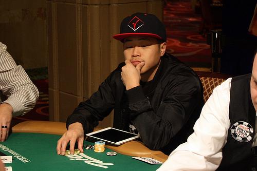 Viet vo poker player
