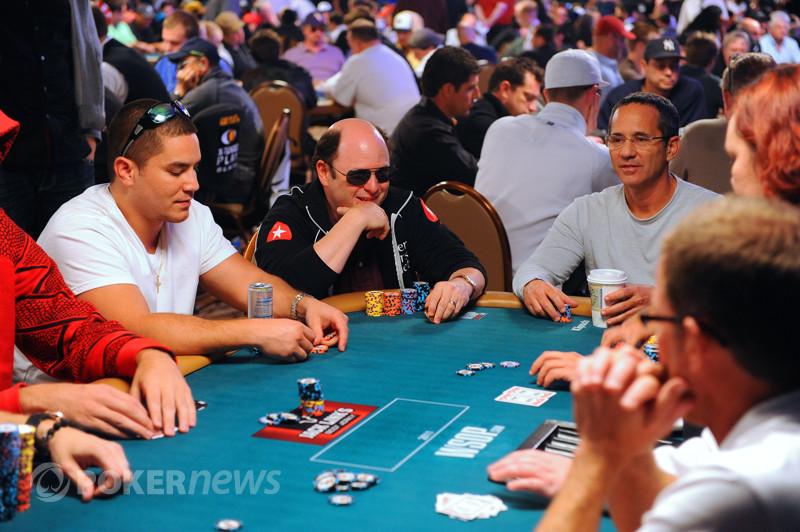 Online poker for money app