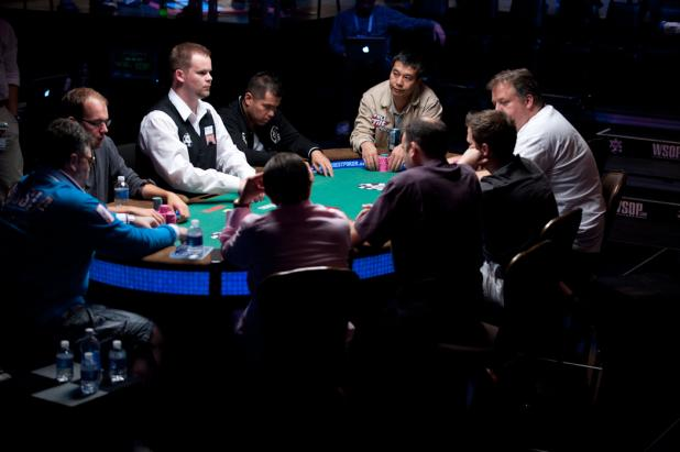 Final Table of $10,000 Omaha Hi-Lo