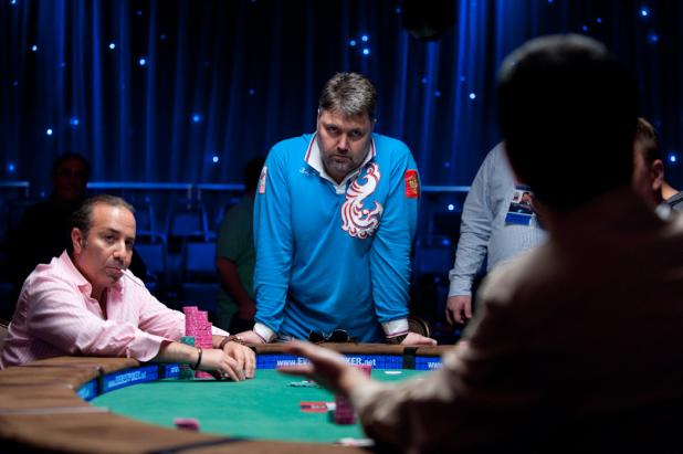 Four-Way Action in a Huge Pot, Part 1
