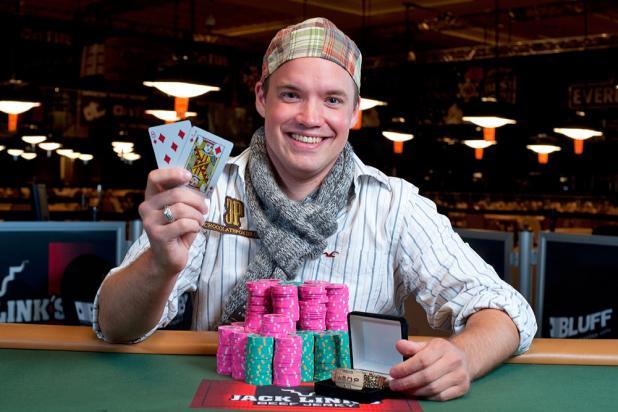 Valdemar Kwaysser Wins WSOP Gold Bracelet in Event 38