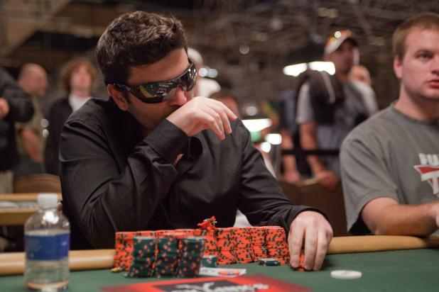 Article image for: Tomer Berda Wins WSOP Gold Bracelet in Event 56