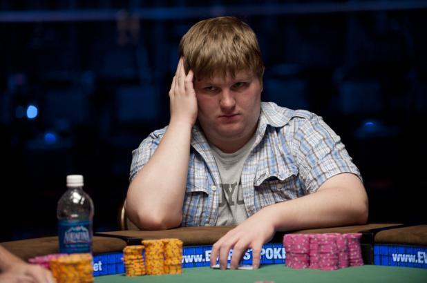 Article image for: Peter Gelencser wins WSOP Gold Bracelet in Event 7