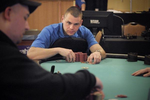 Article image for: US MARINE STORMS 395-PLAYER FIELD EN ROUTE TO VICTORY AT HARRAH'S PHILADELPHIA