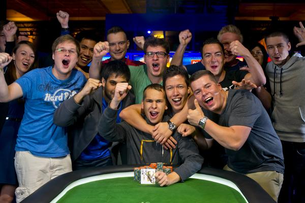 Article image for: MARTIN FINGER DONS FIRST GOLD BRACELET IN $3,000 SIX-MAX EVENT