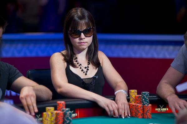 Article image for: QUEENS OF THE FELT HIGHLIGHT THIS WEEK'S WSOP COVERAGE ON ESPN