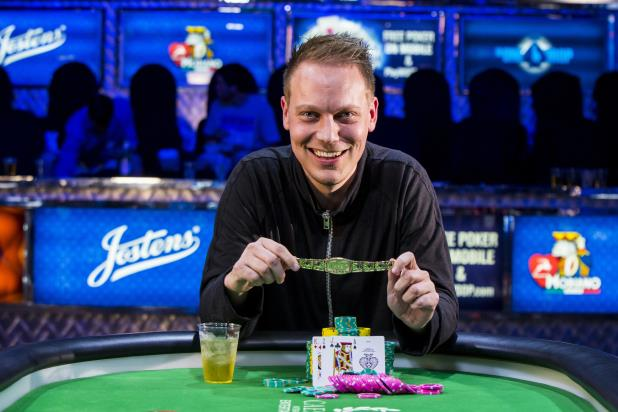 Article image for: ALEXANDER PETERSEN WINS 2015 PLO CHAMPIONSHIP