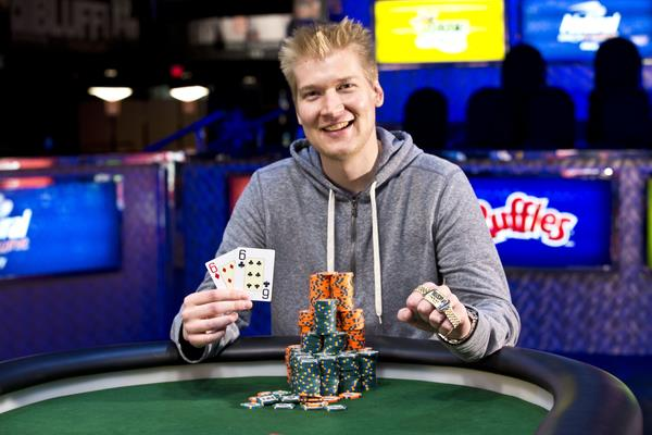 Article image for: ANDREW RENNHACK UPS THE STAKES WITH $1.5K NLHE BRACELET VICTORY