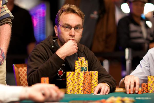THE WSOP DAILY SHUFFLE: TUESDAY, JUNE 26, 2012