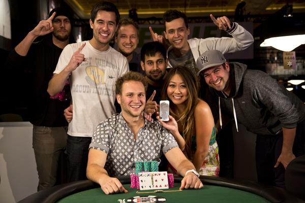 Article image for: CALVIN ANDERSON BESTS JOE TEHAN TO TAKE STUD 8 BRACELET