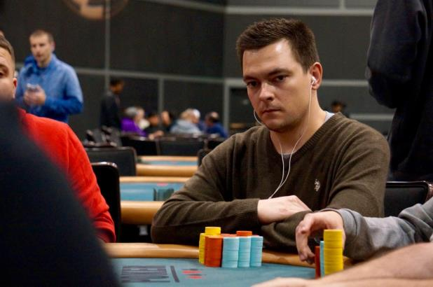 Article image for: KRYSZTOF STYBANIEWICZ LEADS FINAL 25 IN HAMMOND MAIN EVENT