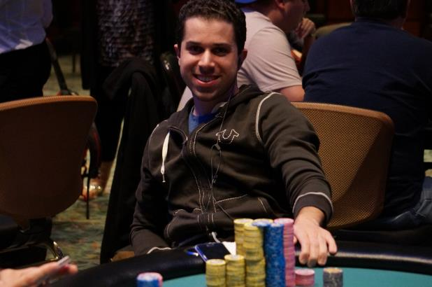 JULIAN SACKS LEADS FOXWOODS MAIN EVENT HEADING INTO DAY 2