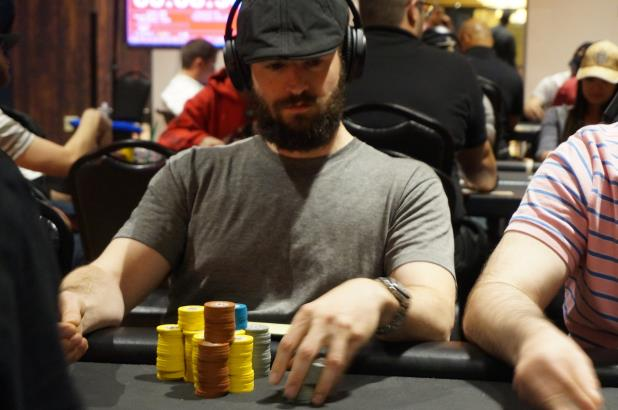 Article image for: COLIN YORK TAKES CHIP LEAD TO DAY 2 OF PLANET HOLLYWOOD MAIN EVENT