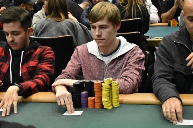 ALEX TRIEMANIS BAGS THE CHIPLEAD OF DAY 1B MICHAEL PERRONE STILL THE OVERALL CHIPLEADER