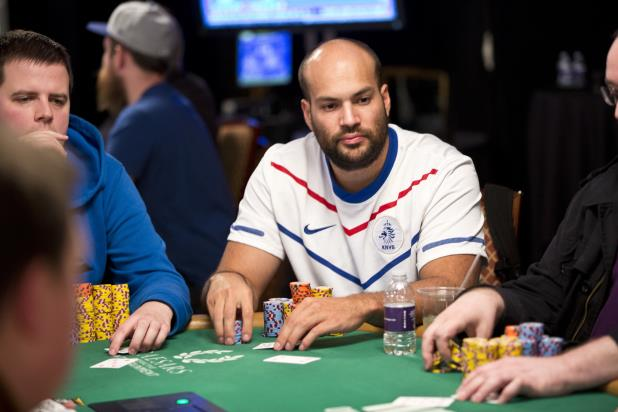 LIVE UPDATES FROM $1,500 SEVEN CARD STUD 8 OR BETTER