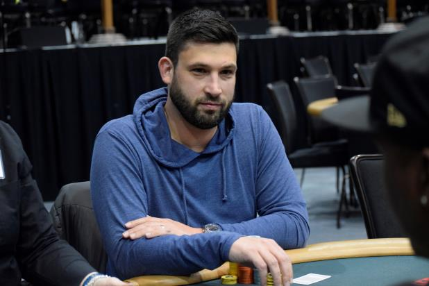Article image for: Derek Hanauer Takes The Chip Lead in the Horseshoe Hammond Main Event With a Late Surge