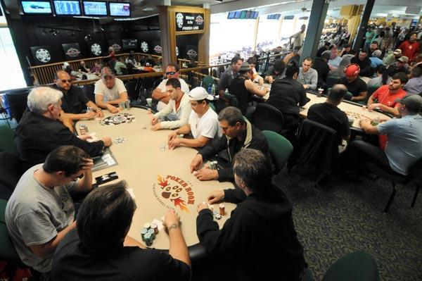 Article image for: POKER'S BIGGEST TAILGATE PARTY