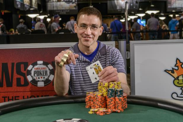 Article image for: GREGORY KOLO WINS $1,500 POT-LIMIT HOLD'EM EVENT