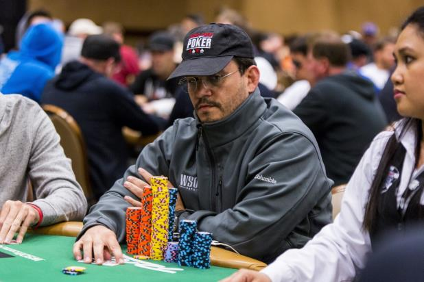 Article image for: GUSTAVO LOPES JOINS VALENTIN VORNICU AS CHIP LEADERS IN 2016 WORLD POKER CHAMPIONSHIP