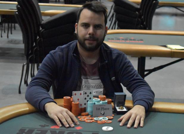 Article image for: JAVIER ZARCO WINS HORSESHOE HAMMOND HIGH ROLLER FOR $70,931