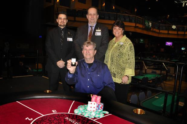 Article image for: JOHNNY LANDRETH WINS TUNICA MAIN EVENT AND $147K
