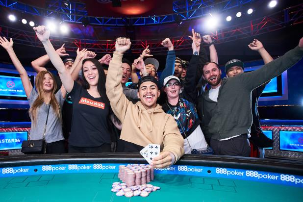 Article image for: KAINALU MCCUE-UNCIANO WINS FIRST WSOP GOLD BRACELET IN MONSTER STACK