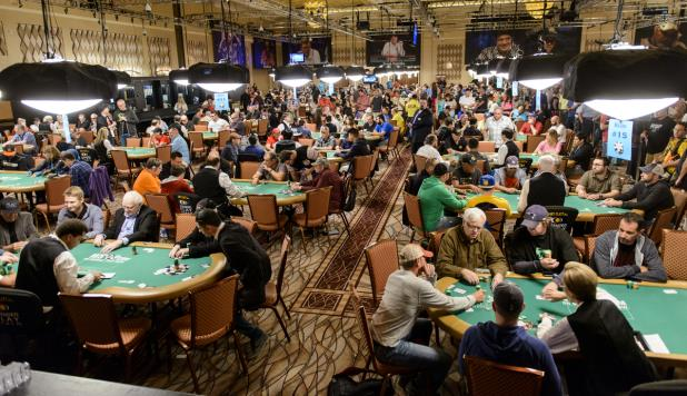 LIVE UPDATES FROM DAY 1A OF THE MAIN EVENT