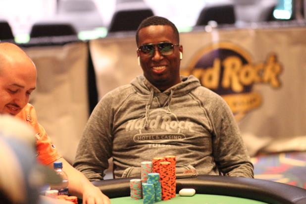 Article image for: MAURICE HAWKINS LEADS THE FINAL SIX IN THE TULSA HARD ROCK MAIN EVENT
