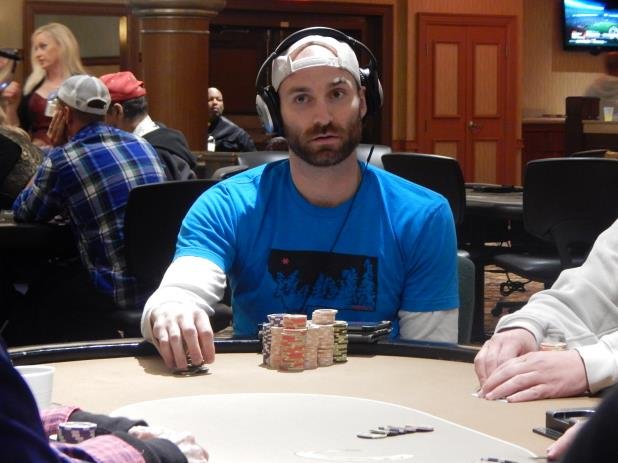 Article image for: DAY 1 RECAP - HORSESHOE  S. INDIANA MAIN EVENT