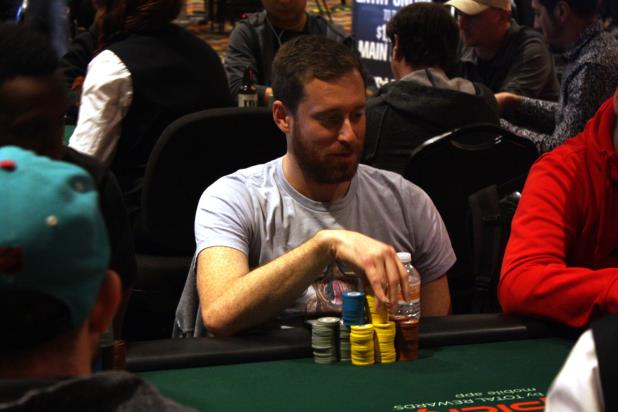 BRENT ROBERTS LEADS 105 PLAYERS INTO DAY 2 OF PLANET HOLLYWOOD MAIN EVENT