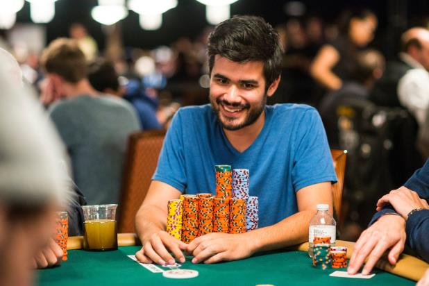 Article image for: WSOP MAIN EVENT MONEY BUBBLE BURSTS LATE ON DAY 3