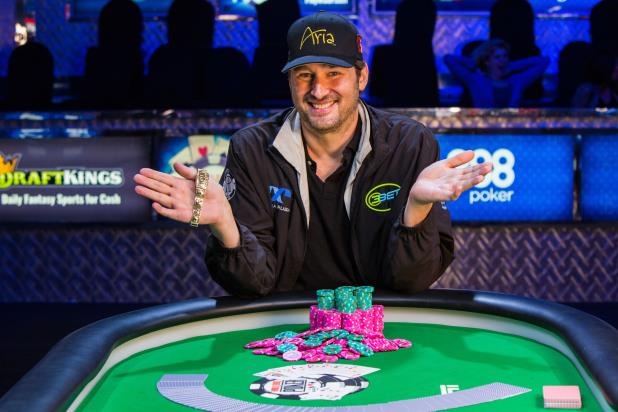 Article image for: PHIL HELLMUTH WINS RECORD-EXTENDING 14TH WSOP BRACELET