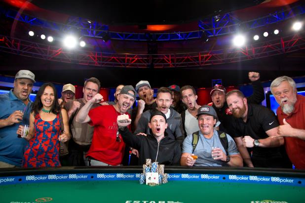 Article image for: ROBERT MITCHELL WINS FIRST WSOP BRACELET IN $800 NO-LIMIT DEEPSTACK