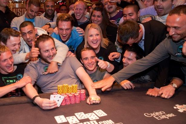 Article image for: IT'S SHELLEY NOT KELLY WHO CAPTURES WSOP GOLD IN WSOPE EVENT 3